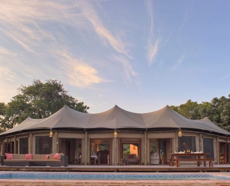 Welcome to our famous Camp in Luangwa National Park...