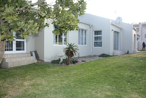 16 Sail Street, Blouberg Sands, Blouberg, Cape Town