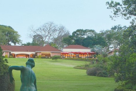 Magnificent Garden Lodge on 30 acres outside Durban